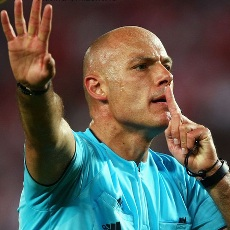 Referee%20Howard%20Webb_7036_1_1___Selected