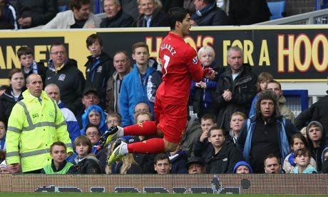 Liverpools-Luis-Su-rez-ce-008