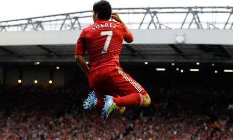 Liverpools-Luis-Suarez-ce-007